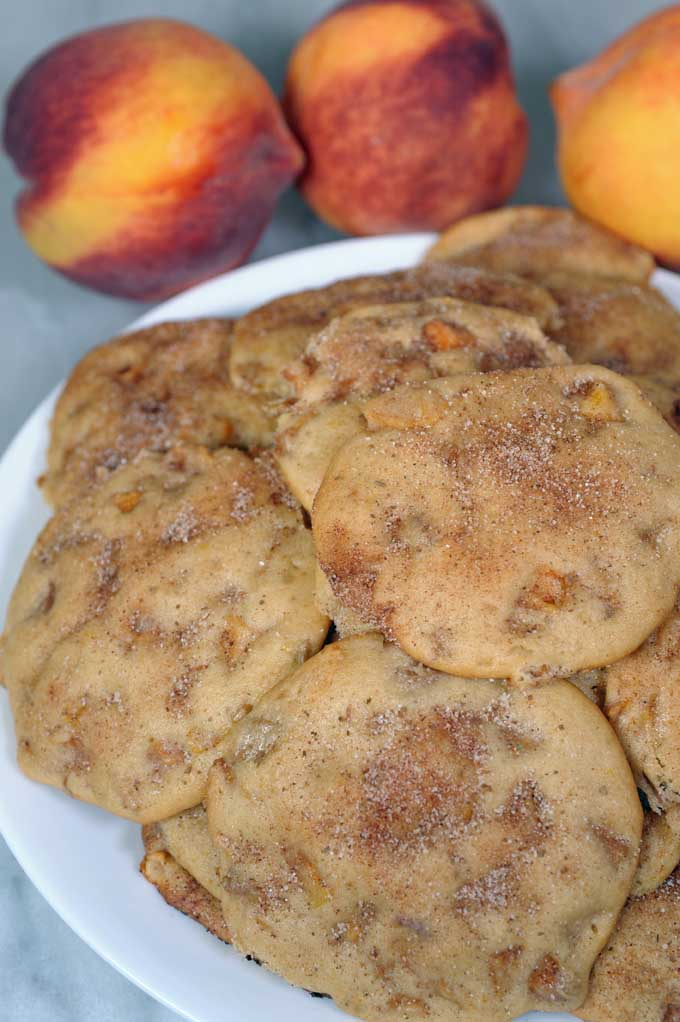 Peaches in cookies? That's a thing? Who knew? Find out more and get the recipe at Foodal now!