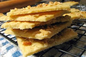 Crunchy Cardamom Biscuits