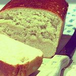 Close up a loaf of artisan white bread | Foodal