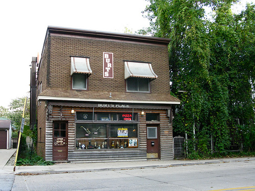 An image of the facade of Burt's Place pizza restaurant.