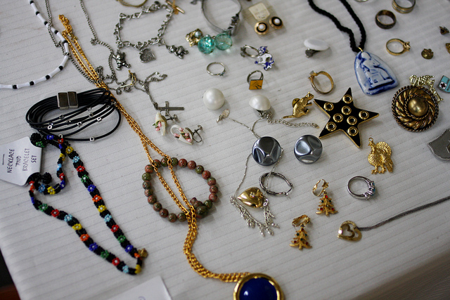 jewelry at the nashville flea