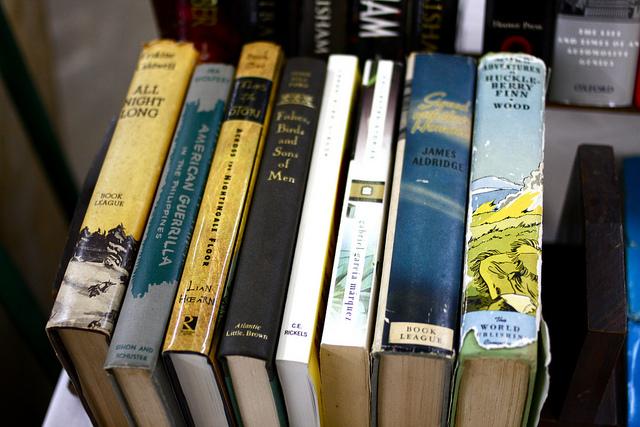 old books at the nashville flea
