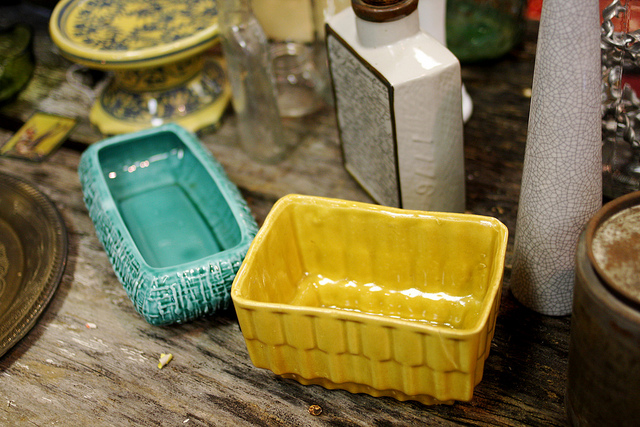 ceramic pots at the nashville flea market