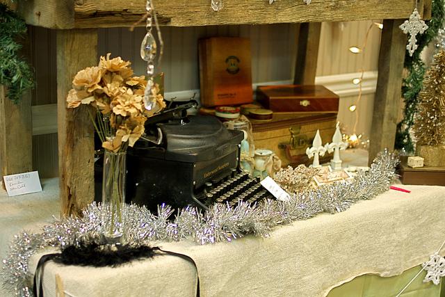table display at nashville flea market