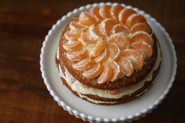 A top view image of a deliciously looking Satsuma layer cake.