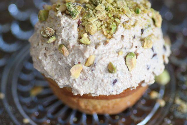 Cannoli Cupcake | FoodLovesWriting.com