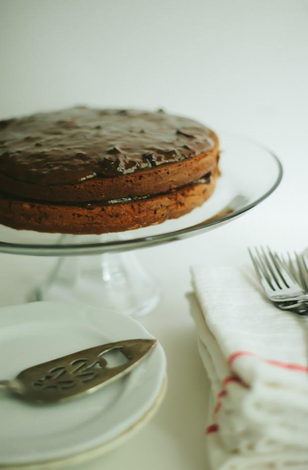 closer-banana-cake