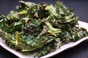 Make Dehydrator Kale Chips in 3 Tasty Flavors