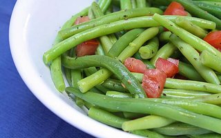 Thyme Seasoned Green Beans with Tomatoes