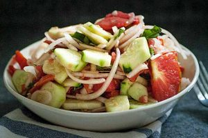Simple Summer Tomato Cucumber Salad