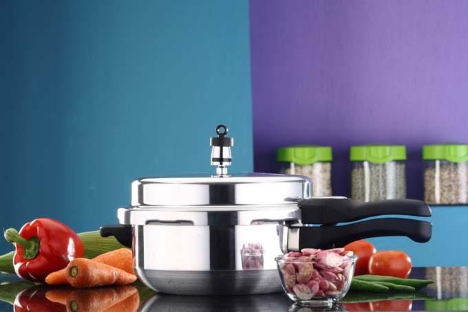 choosing the best pressure cooker