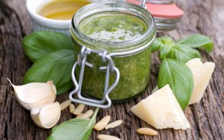 An Authentic Italian Pesto Sauce