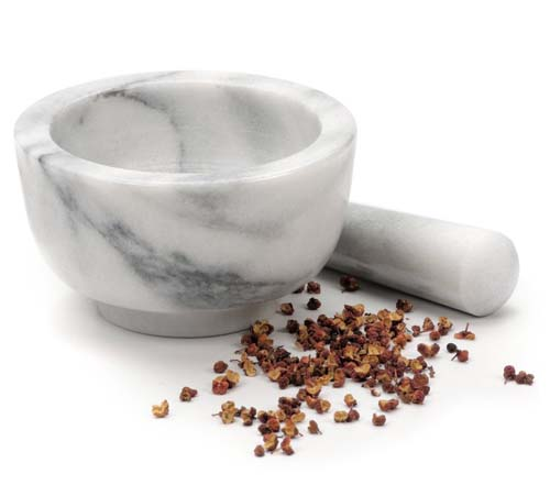RSVP White Marble Mortar and Pestle | Foodal.com