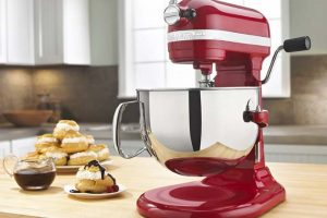 Choosing a Top Rated Stand Mixer for Your Kitchen