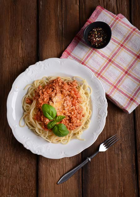 Spaghetti Bolognese - American Style | Foodal.com