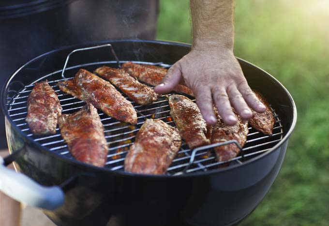Dial in the heat on your charcoal grill - Foodal