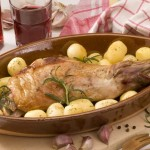 Leg of Lamb served in a traditional Spanish Christmas dinner | Foodal