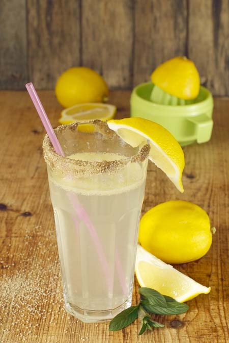 Lemon water improves the taste and add healty antioxidants and Vitamin C | Foodal.com