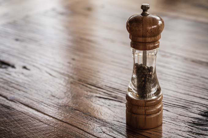 How To Select The Best Salt And Pepper Mills Foodal