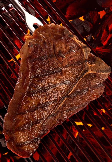 Grillled steak showcases Maillard Reaction | Foodal.com