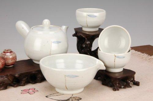 Korean White Tea set | Foodal.com