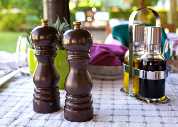 peugeot paris u'select salt and pepper mill review | foodal