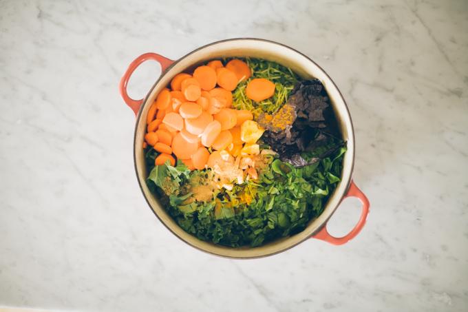 green healing power soup