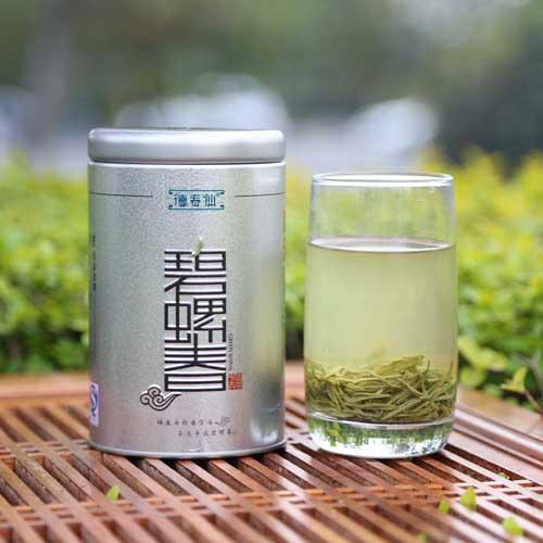 Dechunxian Dong Ting Spiral Spring Green Tea | Foodal.com