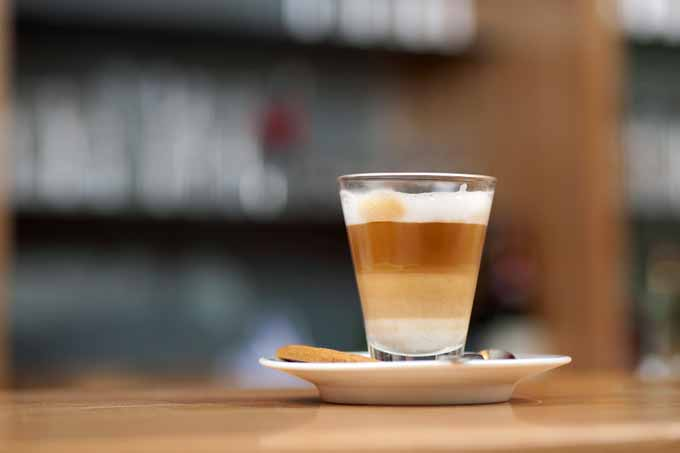 Latte Machiato, Macchiato, Cafe Macchiato, Cappuccinos, and Cafe Latte - Are these the same?