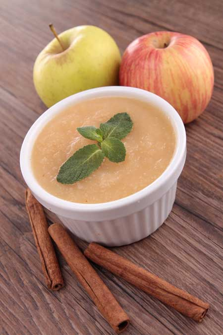 Pressure Cooker Maple Cinnamon Applesauce | Foodal.com