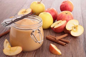 Pressure Cooker Maple Cinnamon Applesauce