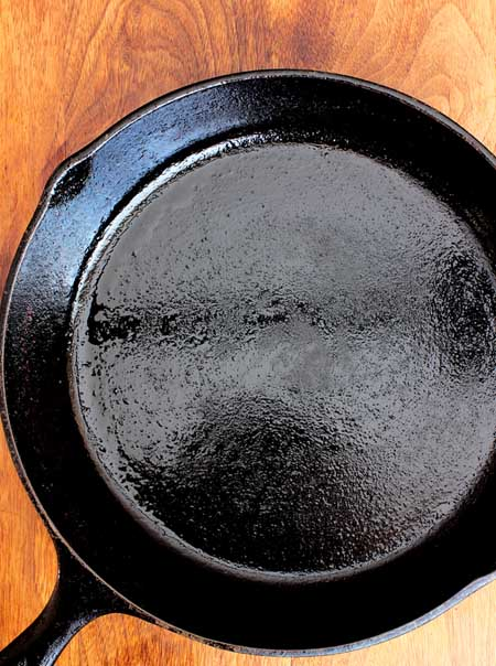 Restored Cast Iron Skillet | Foodal.com