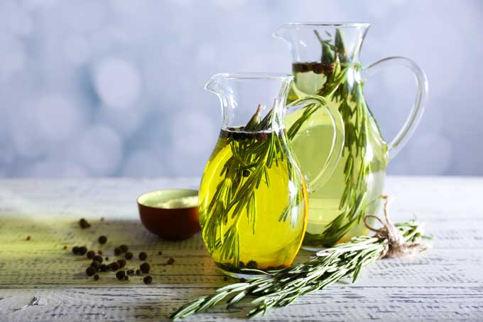 Rosemary herbed oil | Foodal.com