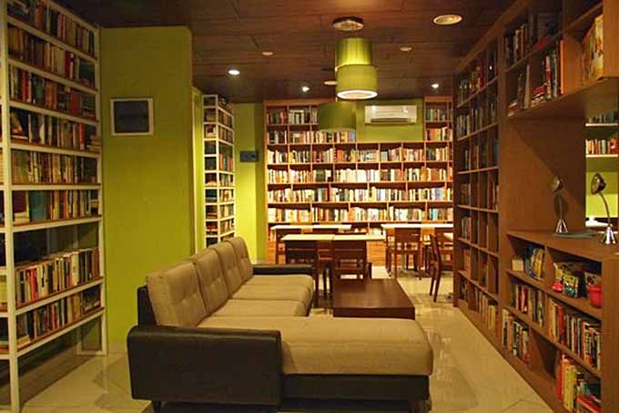 The Reading Room, Jakarta, Indonesia | Foodal.com
