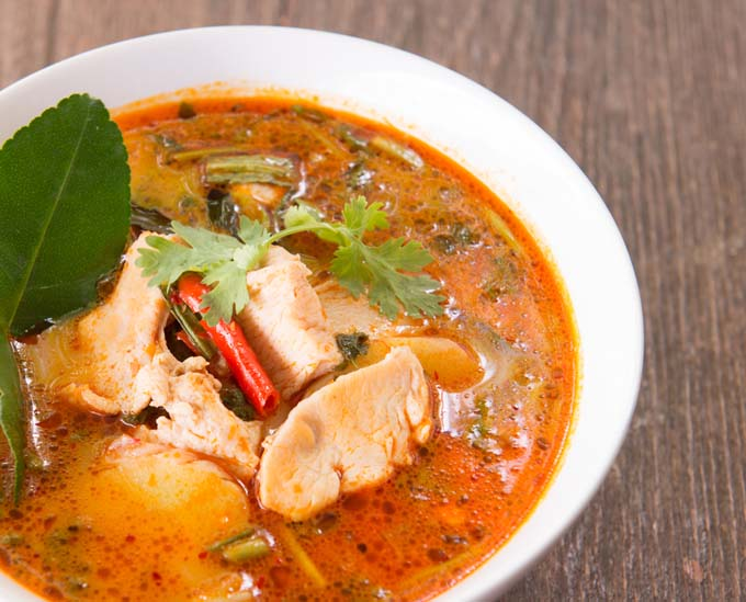 Tom Yum Gai - Thai Chicken Coconut Milk Curry Soup | Foodal.com