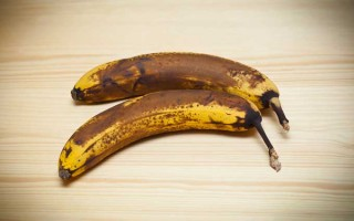 Ways to Use Old Bananas | Foodal.com