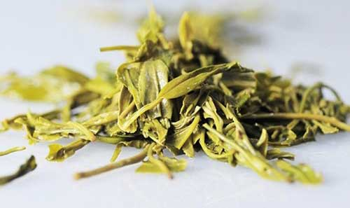Wuyutai High-quality Yuqian Xinyang Maojian Green Tea | Foodal.com