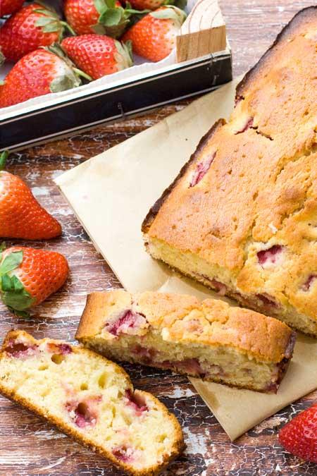 French Yogurt Cake with Strawberries | Foodal.com