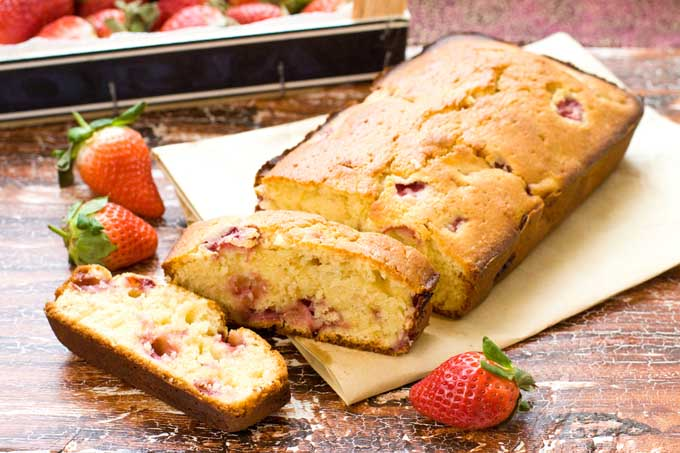 Delectable French Yogurt Cake - Foodal