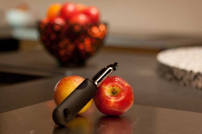 OXO Good Grips Swivel Peeler - One of the Best Tools You Can Own | Foodal.com