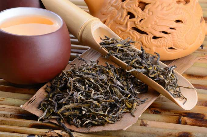 Oolong Tea - A Primer | Foodal.com