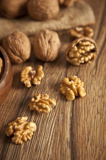 Walnuts - Great Brain Food | Foodal.com