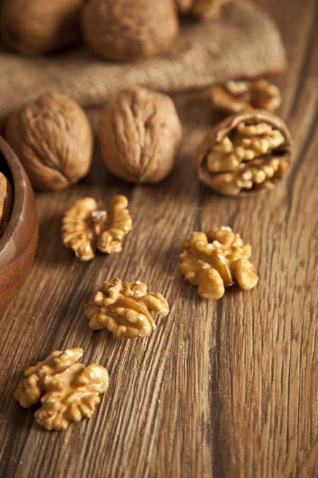 Walnuts - Great Brain Food | Foodal.com