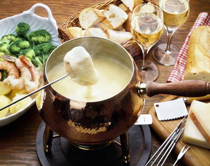 how to make cheese fondue foodal