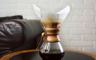 """The Chemex Coffeemaker: The Original """"Pour Over"""" Brewer"""
