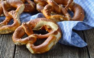 Homemade German Pretzels | Foodal.com