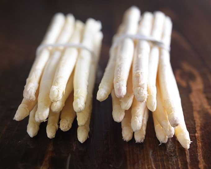 White Asparagus | Foodal.com