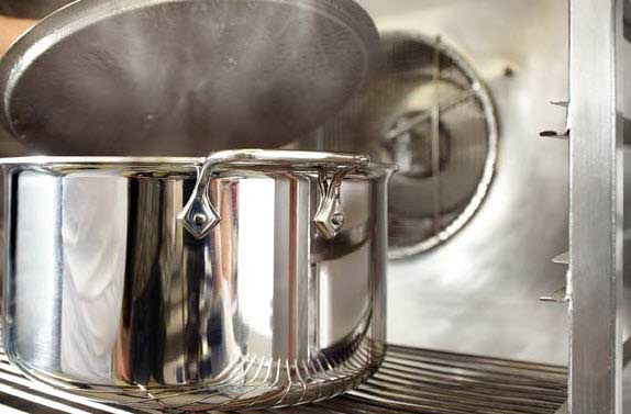 All-Clad Stock Pots - The Best | Foodal.com