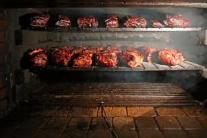 American Barbecue: History and Local Tastes
