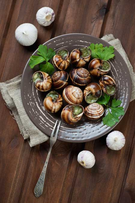 how to prepare and serve escargot foodal. Black Bedroom Furniture Sets. Home Design Ideas